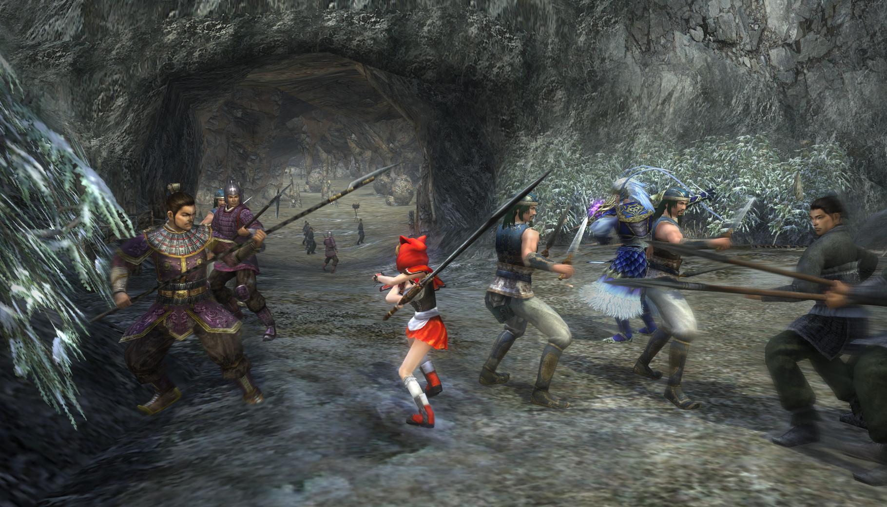 洞窟内は狭く、複雑に入り組んでおり乱戦になること... 『真・三國無双 Online』 乱戦・攻